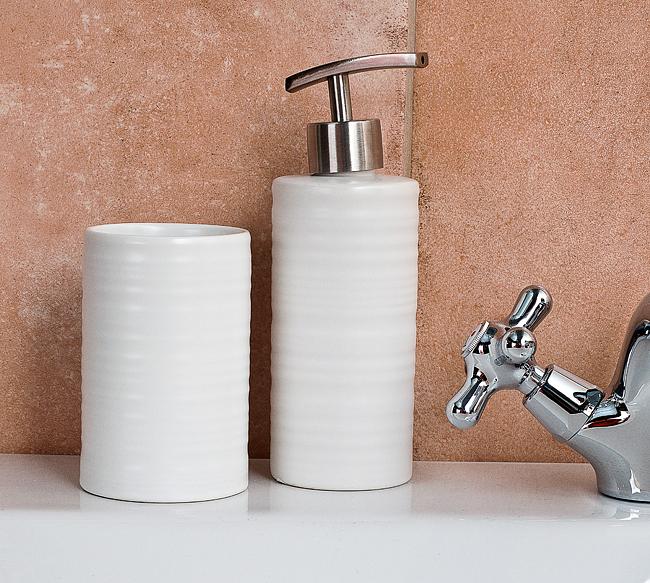 Sada, dávkovač na mýdlo + kelímek ( bílý, kulatý )