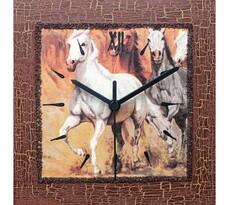 Nástěnné hodiny koně v klusu
