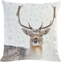 Pernă decorativă Sander Snow deer, 45 x 45 cm