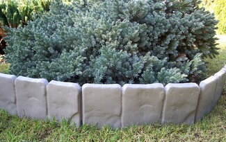 Zahradní palisáda obrubník lem trávniku 2,5 m šedá