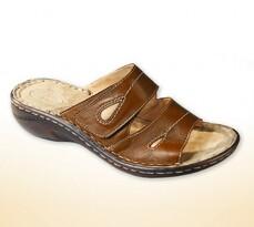 Dámske papuče na kline hnědá 36